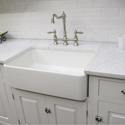 None - Fireclay Butler Large Kitchen Sink - Don't choose your sink only for good looks! Make sure that it doesn't scratch easily and that you have plenty of space for bigger pans.