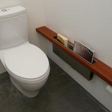 Industrial Bathroom by building Lab, inc.