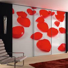 Contemporary Closet Organizers by SPAZZIUSA