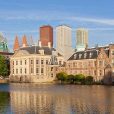 The Hague: Mauritshuis Parliament Hofvijver