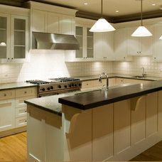 Transitional Kitchen Cabinets by Kitchen Cabinet Kings