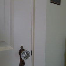 Traditional Switchplates by Susan Brook Interiors