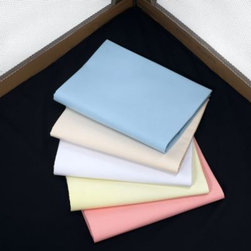 Graco - Graco Pack 'n Play Playard Sheet - This cotton-poly blend sheet delivers extra comfort, and is a must have for cozy, warm naps. It is removable for washing which helps maintain a cleaner playard.