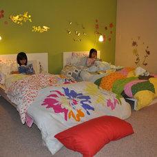 Contemporary  Kid bedroom