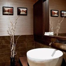 Contemporary Bathroom by TURETT COLLABORATIVE ARCHITECTS