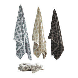 Luxor Linens - Prati Luxury Towels, 3-Piece, White - Incredibly soft yet sturdy and absorbent towels. Flattering and modern pattern for every decor.