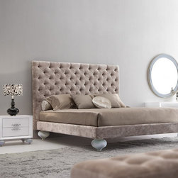 Luxury Bed - Baroque Bed - Luxury Bedroom Devereaux -