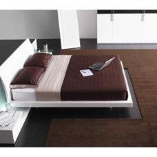 Mediterranean Beds by Spacify Inc,
