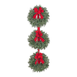 BH Fraser Fir™ Three-Tier Decorated Wreath - THE LASTING BEAUTY OF THE BH FRASER FIR™ 3-TIER CHRISTMAS WREATH |