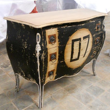 by French Commodes Supplier