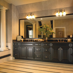 traditional bathroom by Yorktowne Cabinetry
