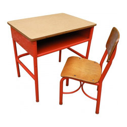 Desk and Chair - Give your little pumpkin a leg up on his/her education with this festive desk and chair.