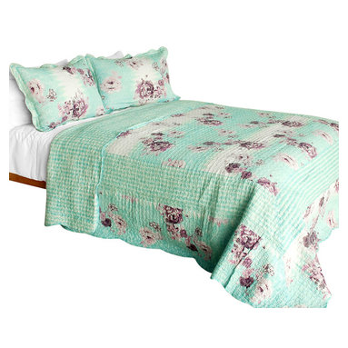 Blancho Bedding - Rural SkyCotton 3PC Vermicelli-Quilted Floral Patchwork Quilt Set  Full/Queen - Set includes a quilt and two quilted shams (one in twin set). Shell and fill are 100% cotton. For convenience, all bedding components are machine washable on cold in the gentle cycle and can be dried on low heat and will last you years. Intricate vermicelli quilting provides a rich surface texture. This vermicelli-quilted quilt set will refresh your bedroom decor instantly, create a cozy and inviting atmosphere and is sure to transform the look of your bedroom or guest room. Dimensions: Full/Queen quilt: 90 inches x 98 inches  Standard sham: 20 inches x 26 inches.