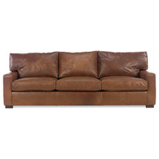 Traditional Sofas by clubfurniture