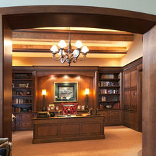 Traditional Home Office by Solo Design, LLC