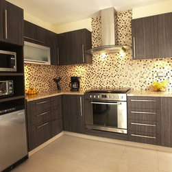 Small House Kitchen - Disfamosa´s Kitchens and Bathrooms for small houzzes and apartments