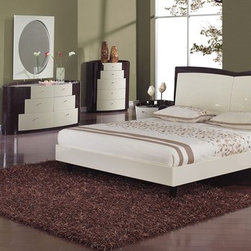Elegant Quality High End Bedroom Sets with Extra Storage - New york dual colored modern bedroom set. This ultra stylish New York bedroom set is a great realization of style. It is performed in a high gloss beige/wenge polish.