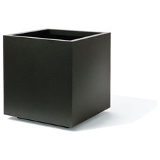 Modern Outdoor Planters by orecontainers.com