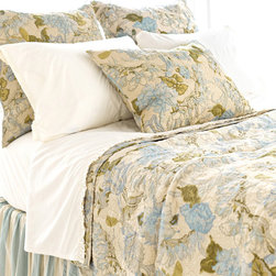 Pine Cone Hill - Pine Cone Hill Dusty Floral Blue Quilt - Flower DustGive your bed some antique appeal with the Dusty Floral Blue Quilt from Pine Cone Hill. Crafted from smooth cotton sateen, this beautiful blanket features textured quilting and a classic floral print. Light blue and green hues pair perfectly with the warm ivory background for a romantic color palette. Take it all-out feminine with ruffled bedskirts and frilly accessories, or let it make a traditional statement all on its own in your bedroom.Available in three sizes