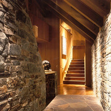 Contemporary Entry by NB Design Group, Inc