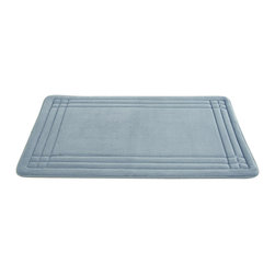 Embossed Memory foam mats GeoPlex  Blue - Sink your feet into the plush, super soft comfort of the memory foam bath mat each time you step out of the shower or bath. Enhanced with Bounce Comfort technology, each step cushions your foot with exceptional softness and support. Embossed design and bath friendly colors coordinate with any decor. A soft, brushed microfiber surface surrounds a thick memory foam core, allowing water to repel for quick and easy drying.