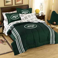 Northwest Co. - NFL New York Jets Bed in Bag Set - Web Description: Make a proud statement in your room for your favorite NFL team with our 5 piece Bed in a Bag Set. Whether game night or just another night for sleeping, the bold and large applique logo stands out against the solid color background and team color accented stripes, making quite the impression. This polyester/cotton blend set comes with 1 sham, 1 pillowcase, 1 flat sheet, 1 fitted sheet and 1 applique comforter.