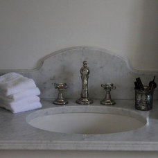 baths / Pretty way to finish the slab in a bathroom (cjj-take a look at this for