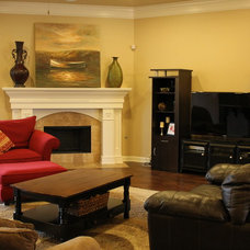 Traditional Living Room by Hines Homes, LLC