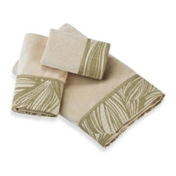 Revman Int'l Inc./tommy Bahama - Tommy Bahama Montauk Drifter Bath Towel - Envelop yoursef in the luxury of the Tommy Bahama Montauk Drifter cotton velour bath towels. Leaf patterned fabric applique border is detailed with horizontal rows of quilting for a stunning finish.