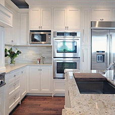 Contemporary Kitchen Cabinetry by Timeless Kitchens Ltd.