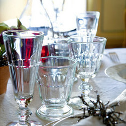 La Rochere Perigord Champagne Flute Set - La Rochere has been making French glassware for hundreds of years. The classic antique style is perfect for your New Orleans–style bar cart. People from New Orleans love all things classically French.