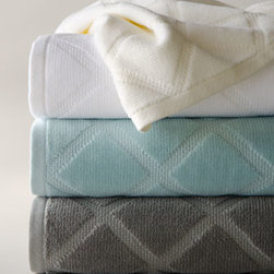 """Kassatex - Kassatex Parisian Diamond Hand Towel - From the modern geometric pattern to the fresh color choices, these towels are the epitome of chic sophistication. Made of fine, ring-spun cotton jacquard. Select color when ordering. Machine wash. Bath towel, 30"""" x 54"""". Hand towel, 18"""" x 28"""". Face...."""