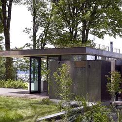 Quantum Windows & Doors   mw works architecture - Jeremy Bitterman Photography: