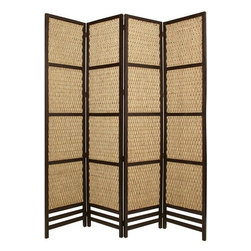 Braided Rope Screen - Inject some natural beauty into your decor with this braided rope floor screen. Woven from sea grass, the gorgeous design of each panel is in a neutral hue, so it will go well with any room color. The hardwood frame offers a sturdy, stylish way to separate your space.