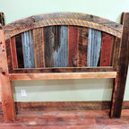 Barnwood Beds - Arizona Round Top Barnwood Bed :: Lonepine Lodgepole
