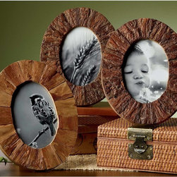 KINDWER - Rustic Tree Bark Wood 4x6-inch Oval Frames Set of 3 - Each of these rustic wood frames has an authentic tree bark finish that complements the other. The frames include glass covers and easels that allows for horizontal or vertical viewing.