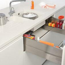 TANDEMBOX sink drawer