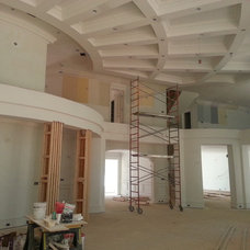 Traditional  by HD PLUS Construction