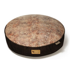 P.L.A.Y. - Round Bed - Savannah - Brown - L - Round pet bed (Large) Savannah from the Original Collection (Sepia/Dark Chocolate); Smooth and luxurious microsuede top; 100% machine washable, eco-friendly and durable construction.