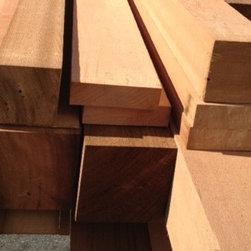 Robins Build on Chuckanut Drive - Custom Cut Clear Cedar Timbers