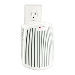 Hamilton Beach - TruAir Plug Mount Odor Eliminator - This Hamilton Beach TrueAir plug-mount odor eliminator does not mask odors - it eliminates them. Its carbon filter traps and neutralizes odors in the kitchen in the bathroom and in pet areas as well as smoking/tobacco odors. The quiet fan pulls in unwanted odors. Plugs into standard 110 volt outlet. It has a filter replacement indicator and on/off switch.