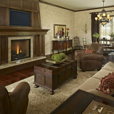 Traditional  by Andrea Schumacher Interiors