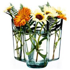 Modern Vases by NOVA68