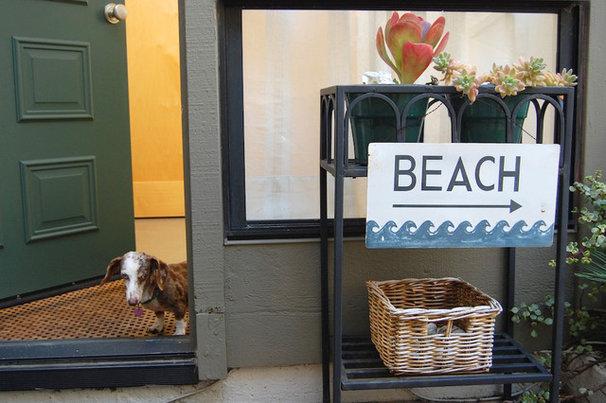 Beach Style  by Dana Nichols
