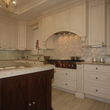 Traditional Kitchen Cabinetry by Woodlake Cabinets