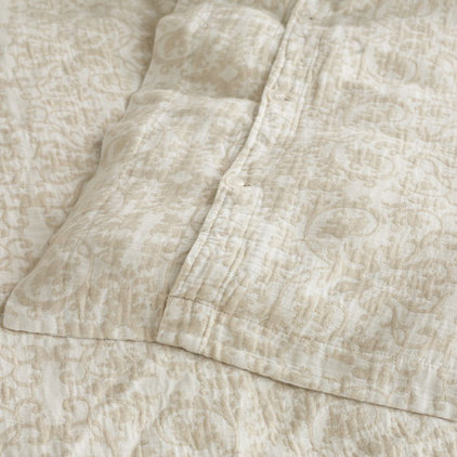 Traditional Sheet And Pillowcase Sets by Wisteria