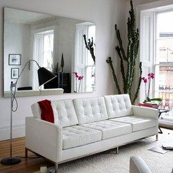 Button Sofa, White Leather -