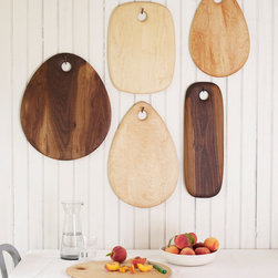 Solid Walnut Cutting Board by Dominik Woods - I am so hooked on these gorgeous cutting boards. They're beautiful on display in a kitchen and perfect for making charcuterie for a party.