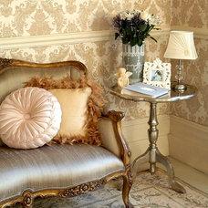 damask-wallpaper-living-room-2.jpg (JPEG Image, 634 × 713 pixels)