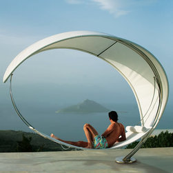 The Petiole Hammock - There are hammocks and then there are hammocks. Wow, this one is amazing!